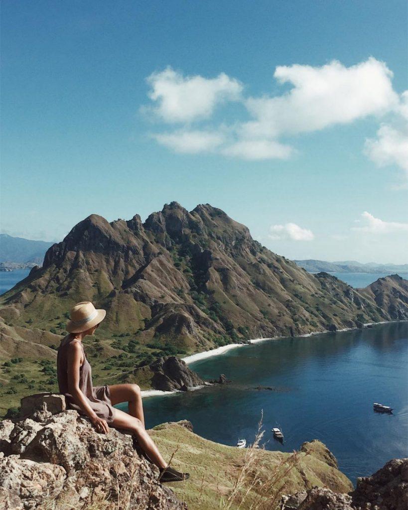 Travelling Solo in Liveaboard Labuan Bajo