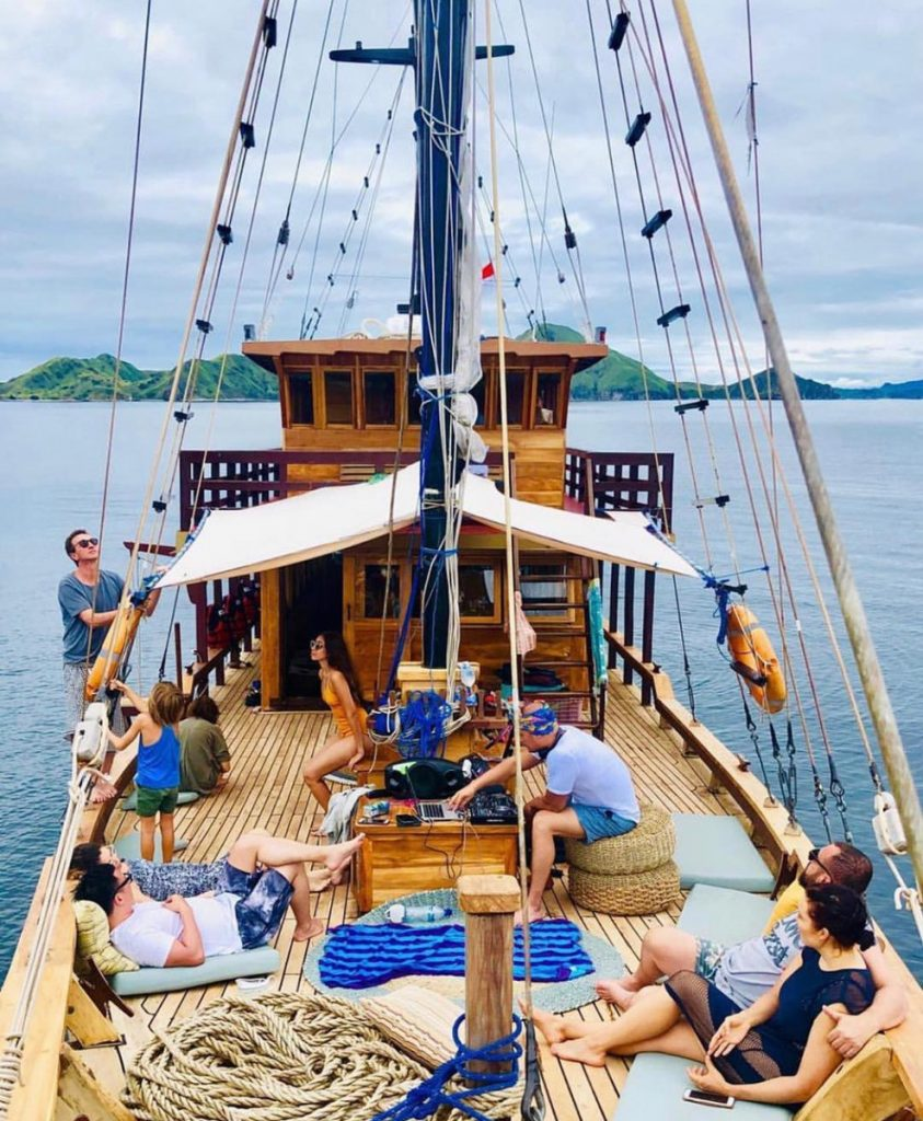 Five Reasons to Charter Boat to Komodo for Next Summer