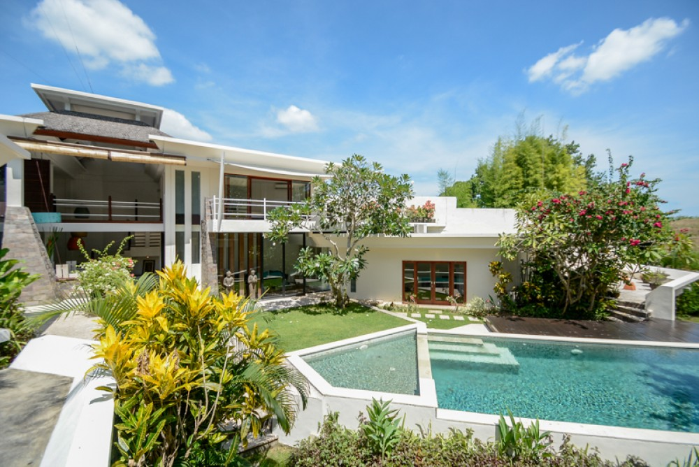 Converting Your Private Bali Villas for Long-Term Rental