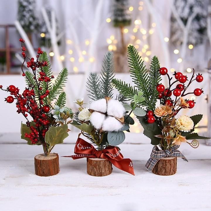 Preparing Christmas Decoration for Your Ubud Villas